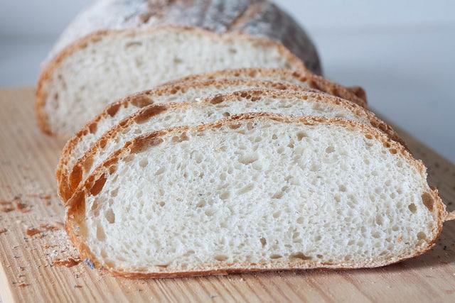 ¿El pan integral es tanto mejor que el pan blanco?