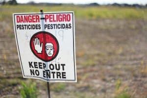 Cartel Pesticidas