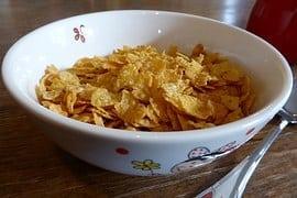 CEI – ¿Qué nos hace pensar que detrás de un copo de maíz o cereal inflado industrializado hay algo bueno?