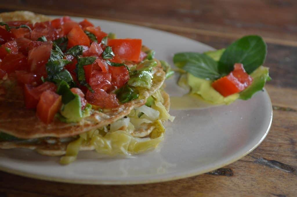Panqueque con tomate
