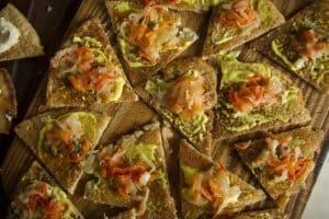 Triangulitos de dosas con verduras fementadas