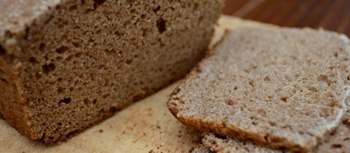 Pan cortado en rodajas